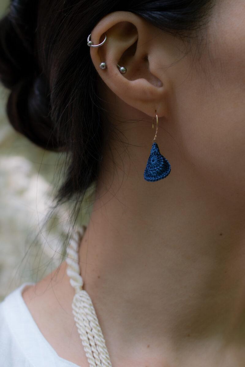 petal_base_earrings_indigo9