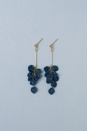 leaves_earrings_indigo_long4
