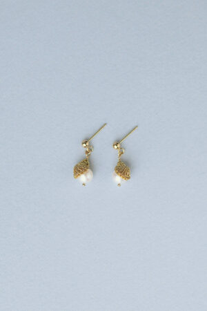 pearl_small_earrings_gold1